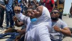 #EndSARS: Despite presence of heavy security, more protesters storm #LekkiTollgate (Photos)