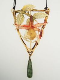 Art Nouveau Carved Hord Necklace. France ca. 1910 | Photography: Antique Vintage Jewellery