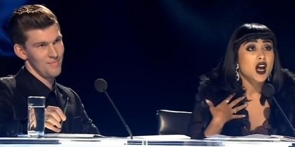 """""""Há muitos lados nessa história"""", diz jurada demitida do """"X Factor"""""""