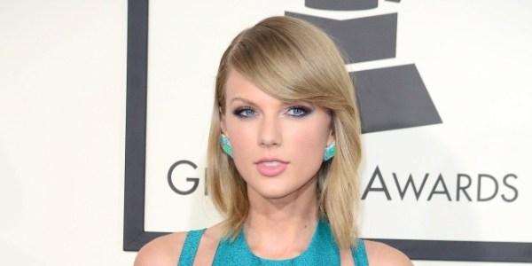 """Taylor Swift diz que piadas sobre sua vida amorosa são """"humilhação pública"""""""