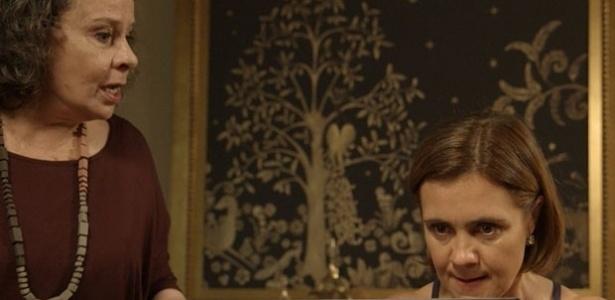 """Em """"Babilônia"""", Inês publica na internet vídeo com traição de Beatriz"""