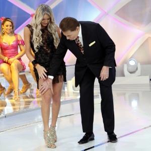 """""""Quem sabe não sou a nova Xuxa?"""", diz modelo transex após elogios de Silvio"""