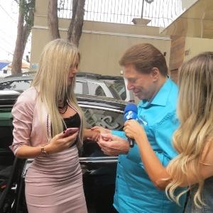 """""""Você é mais bonita que a Xuxa"""", diz Silvio Santos para modelo transex"""