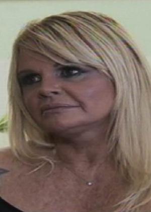 """""""Me tocaram e riram de mim"""", diz Monique Evans ao falar de abuso sexual"""