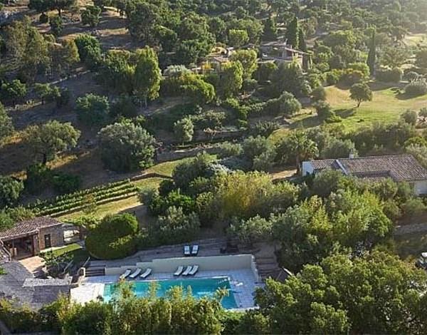 Johnny Depp coloca propriedade na França à venda por US$ 26 milhões
