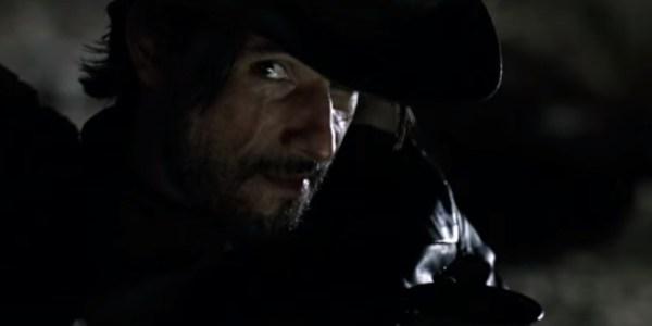 """Rodrigo Santoro aparece com cicatriz no rosto em teaser de """"Westworld"""""""