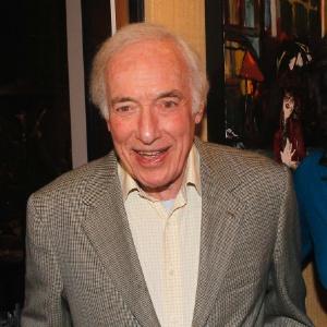 """Produtor da série """"All in the Family"""", Bud Yorkin morre aos 89 anos"""