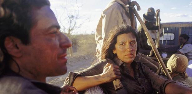 Da TV Pirata à telona, 8 motivos para respeitar o lado atriz de Regina Casé