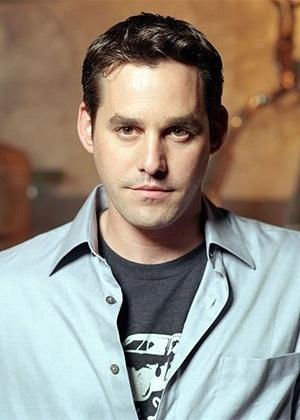 """Ator de """"Buffy"""" é preso por tentativa de sufocar a namorada"""