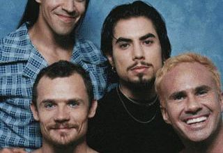 """Foto de Cai na rede """"Circle Of The Noose"""", inédita dos Red Hot Chili Peppers gravada nos anos 90"""