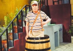 o-ator-roberto-gomes-bolanos-criador-e-protagonista-da-serie-mexicana-chaves-1417214923562_300x210
