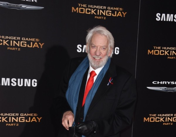 Kirsten Dunst, Donald Sutherland e Mads Mikkelsen serão jurados em Cannes