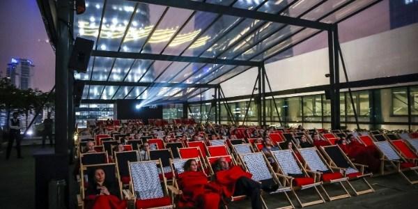 Sessões ao ar livre e sala drive-in incrementam circuito de cinema em SP
