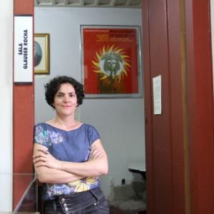Casa do cineasta Glauber Rocha está à venda por R$ 4 milhões na Bahia
