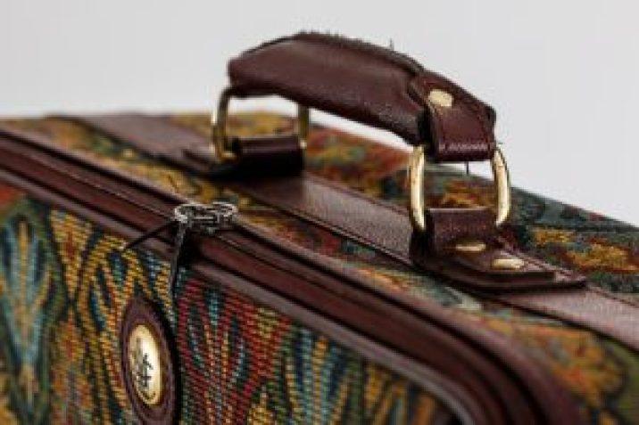 Wybierz dobrą walizkę do samolotu, pociągu i samochodu
