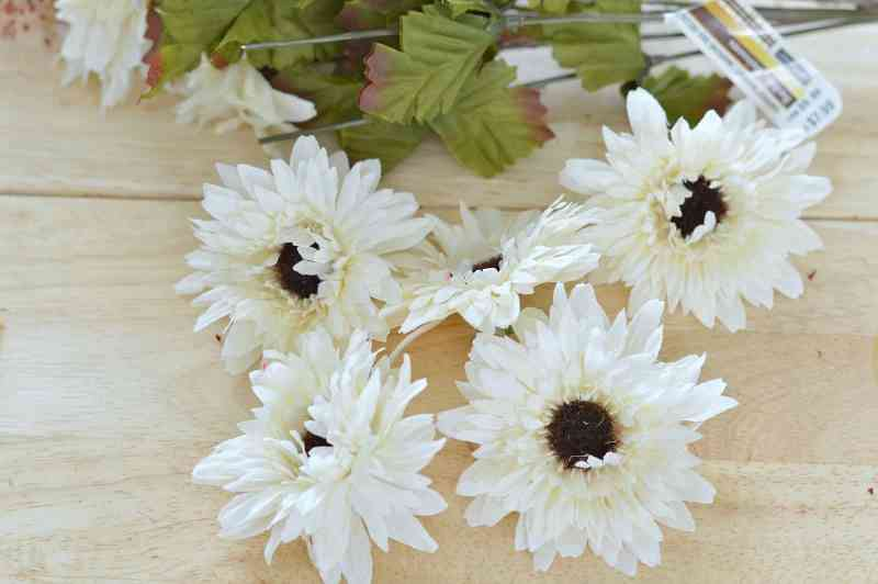 how-to-make-fall-burlap-wreath-step5