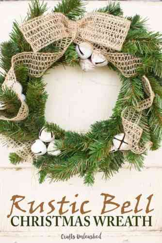 How to Make a Christmas Wreath - 21 of the best Christmas Wreaths That You Can Make Yourself! I love this rustic bell wreath!