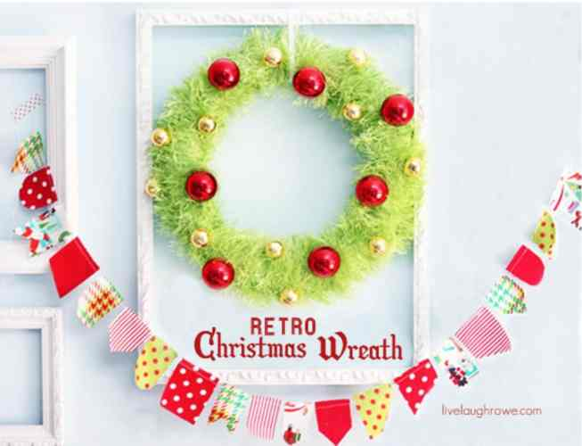 Retro Christmas Wreath - How to Make a Christmas Wreath tutorial