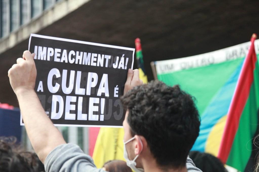 Novos protestos no Brasil