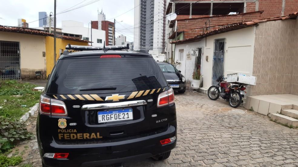 Policial Federal Barro Vermelho