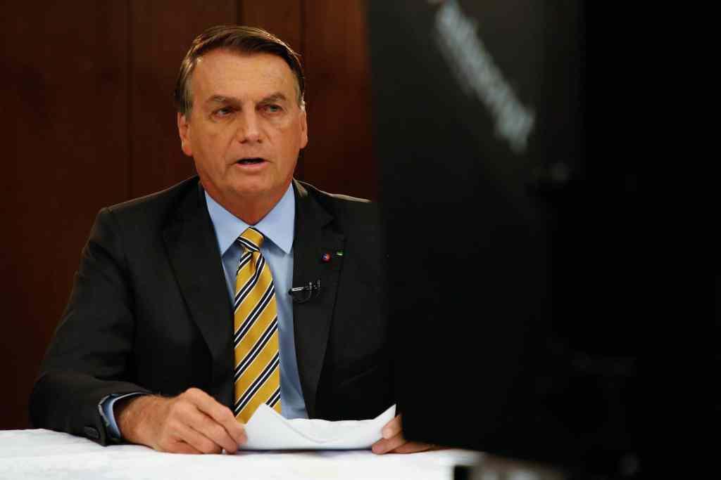 Bolsonaro embarca para Assembleia da ONU em Nova York; Mourão assume Presidência