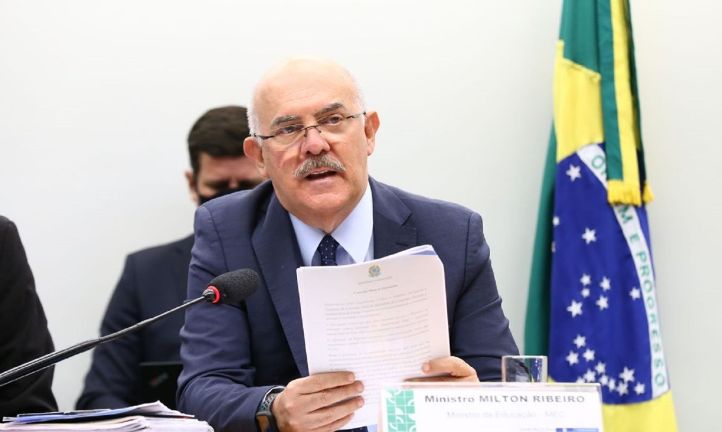 Ministro da Educação será convocado a dar explicações sobre Institutos Federais de Ensino Superior em comissão da Câmara
