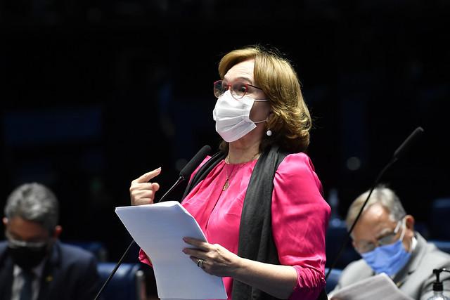 Senado aprova PL relatado por Zenaide e programa de combate à pobreza menstrual pode virar realidade em breve