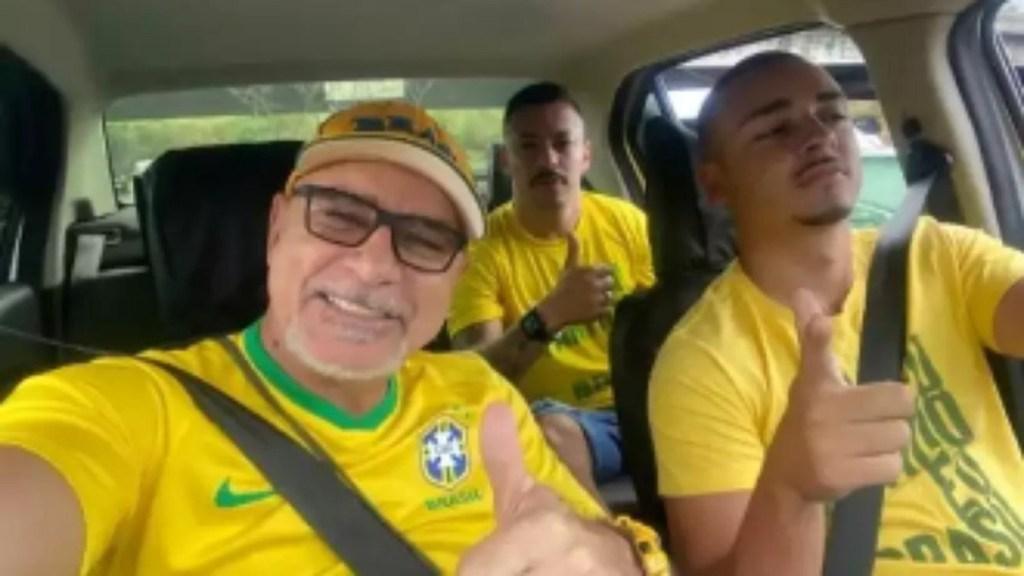 Bolsonaristas 'tietam' Fabrício Queiroz, apontado como operador de esquema que envolve Flávio Bolsonaro
