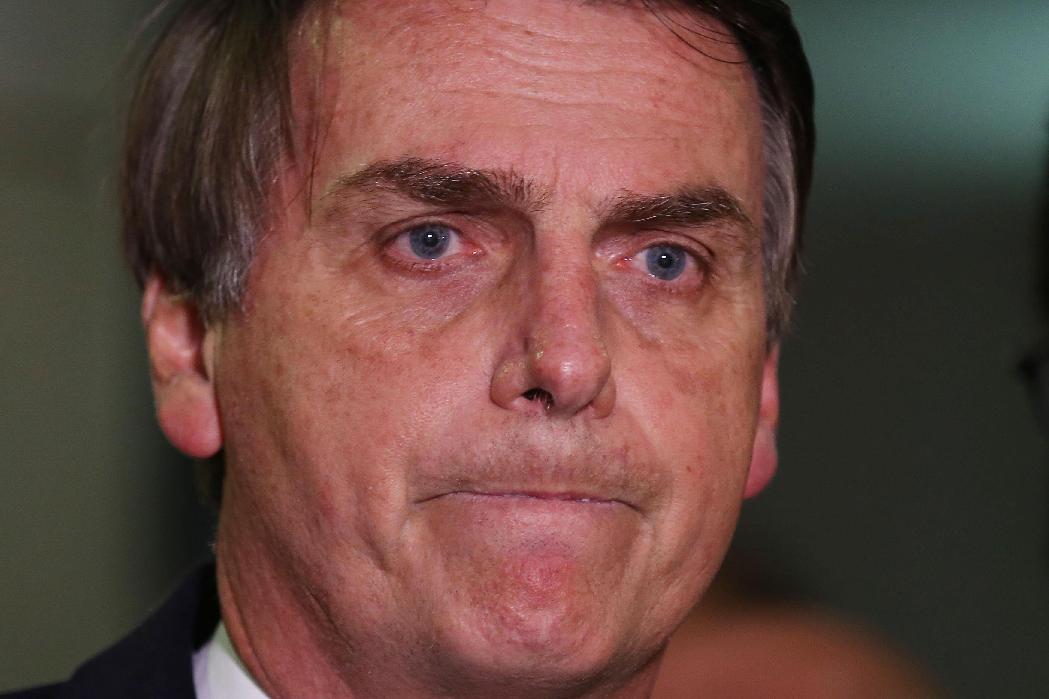 Resultado de imagem para Bolsonaro culpado por acreditar em Deus