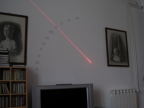 xxi-century-sundial-wall-clock-laser