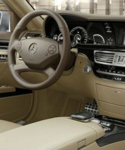 2010-mercedes-benz-s63-s65-amg-leaked-images-8