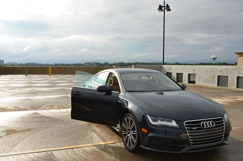 Closer Look | 2012 Audi A7 Video