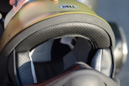 bell-rogue-helmet-yamaha-bolt-r-spec-closer-look-2014-6