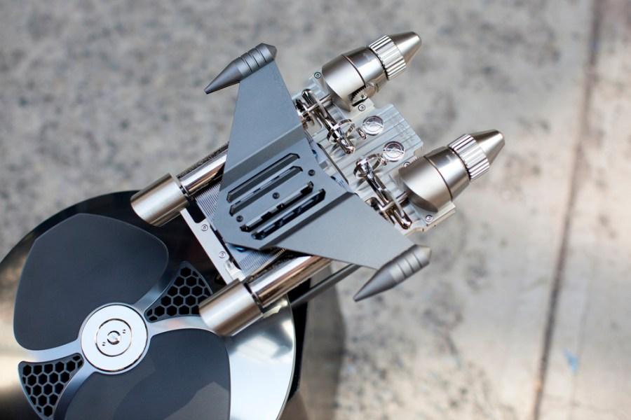 mbandf-music-machine-2-gunmetal-hodinkee-mechanical-music-box-6