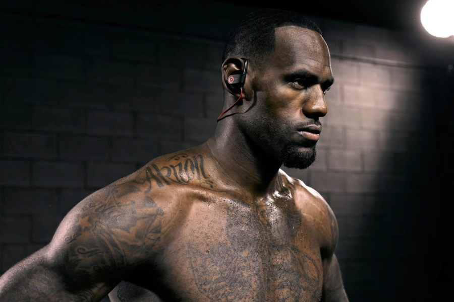 lebron-re-established-2014-beats-by-dre-james-1