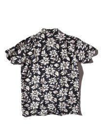 Rogers-OG-Aloha-Shirt-Welcome-Summer-in-Style-4