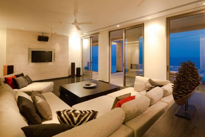 stay-in-this-arte-charpentier-designed-villa-overlooking-the-andaman-sea-9