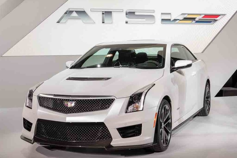 The-2017-Cadillac-ATS-V-01