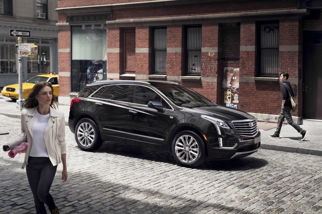 The-2017-Cadillac-XT5-is-a-Bigger-Lighter-SRX-01