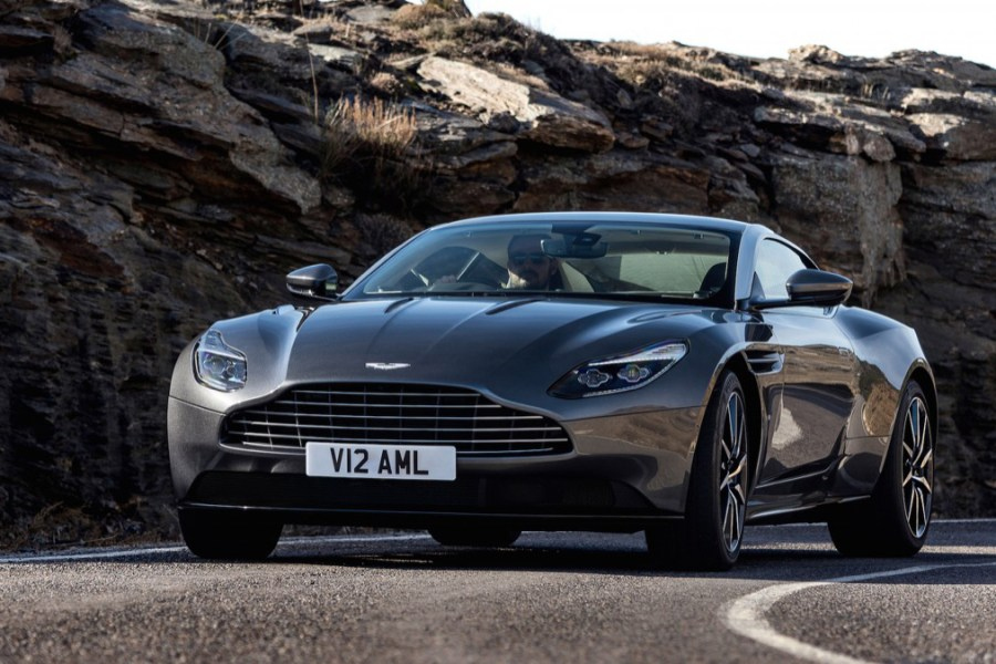 aston-martin-db11-geneva-official-supercar-1