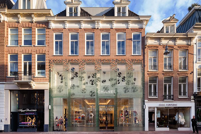 amsterdam-chanel-flagship-store-glass-facade-mvrdv-1