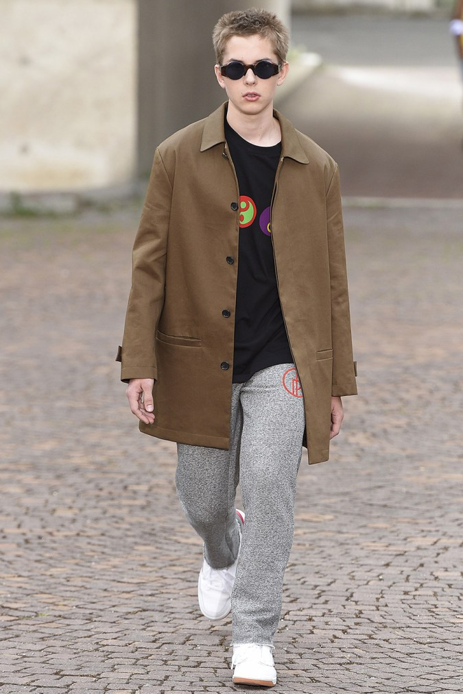 gosha-rubchinskiy-spring-summer-2017-collection-florence-11
