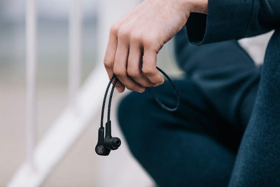 Bang & Olufsen Intersect Design and Functionality with H5 Headphones