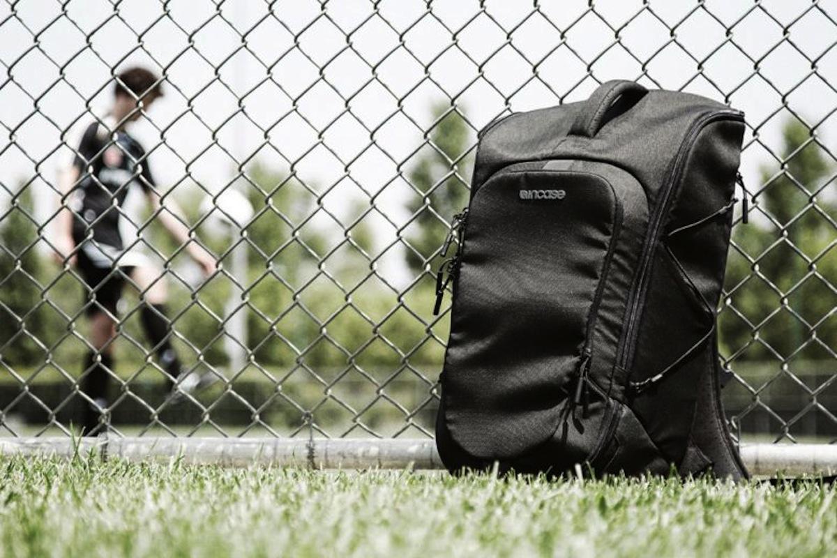 Incase Sport Field Bag 6