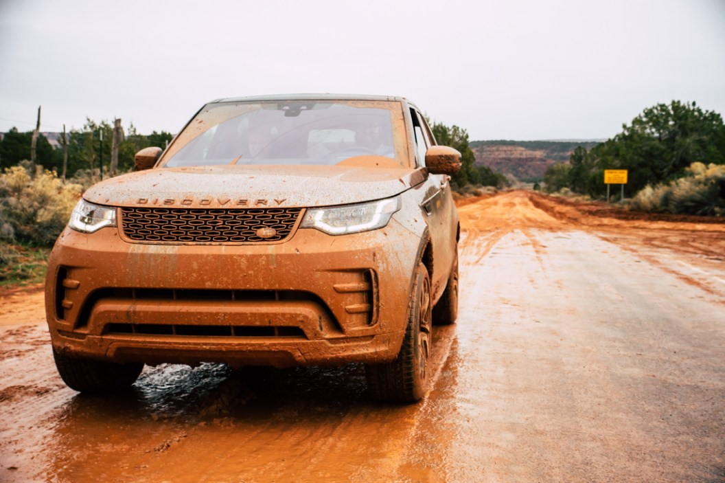 land-rover-discovery-2018-amangiri-global-13