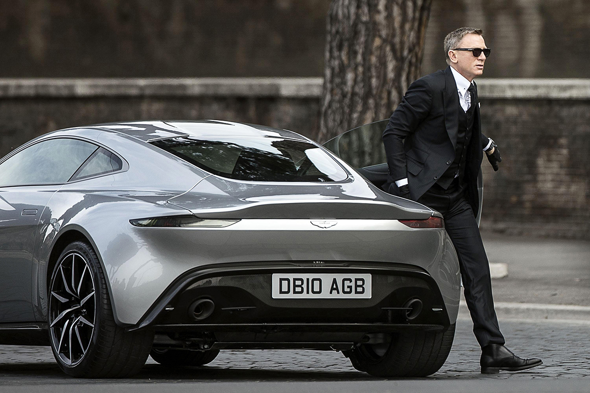 25th james bond movie will hit cinemas in 2019 - por homme