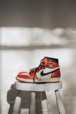 1994-chicago-air-jordan-1-retro-re-release-sneaker-ebay-4