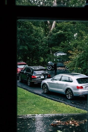 2018-bentley-bentayga-stone-ride-ny-drive-20