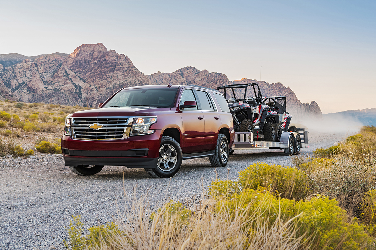 what happens when the chevy tahoe custom and a polaris rzr meet the vegas desert por homme. Black Bedroom Furniture Sets. Home Design Ideas
