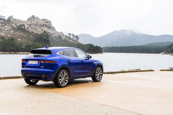 jaguar-e-pace-2018-crossover-suv-corsica-france-1